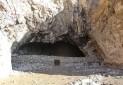 غار تاریخی خلوشت به محل نگهداری دام تبدیل شد