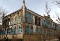 کاخی که نیمی از آن ایرانی و نیمی خارجی است