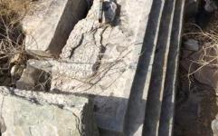 کشف سر و پایه ستون تاریخی در بردستان بوشهر
