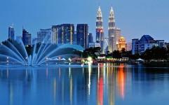لزوم ارائه سیاست های تشویقی برای افزایش روابط گردشگری