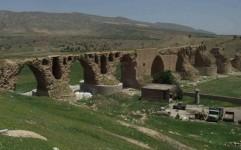 یکی از طاق های پل تاریخی کشکان لرستان فرو ریخت