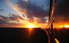 ماجرای توقف قطار برای نماز صبح و فحاشی مسافر به رئیس قطار!