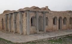 مرمت اضطراری کوشک نورآباد ایذه آغاز شد