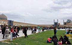 توریست های غربی در میدان مغناطیسی ایران