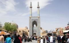 ثبت چهار میلیون و 300 هزار تردد/اسکان قریب 800 هزار گردشگر نوروزی در استان یزد