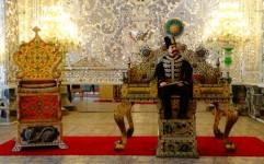 نمایش قالیچه ها و عکس سلفی ناصرالدین شاه در کاخ گلستان
