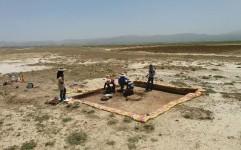 آغاز کار باستان شناسان در فرودگاه ملایر
