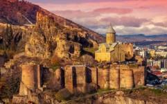 خوش سفر ها در فروردین به کجا سفر می کنند؟