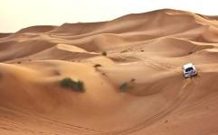 برخورد یگان حفاظت میراث فرهنگی کرمان با تورهای غیرمجاز در بیابان لوت