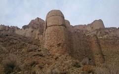 قلعه ای 2500 ساله که در آن آب سربالایی می رفته!