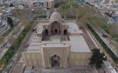 بخش زیادی از آثار تاریخی در ۱۰۰ سال اخیر تخریب شده اند