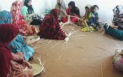 برگزاری کلاس آموزشی حصیربافی در جزیره شیف