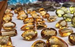 قاچاق سنگ های قیمتی از اصفهان به بندرعباس!
