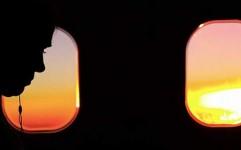 چگونه از پشت پنجره هواپیما عکس بگیریم؟