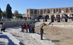 خوشحالی مردم از بازگشت زاینده رود به نصف جهان