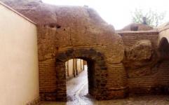 مرمت بافت تاریخی «عقدا» متوقف شد