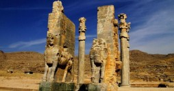 ادامه کاوش ها در پاسارگاد با همکاری فرانسه