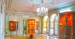 «گردا هنکل» به تاسیس موزه منطقه ای یزد کمک می کند