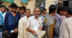 توصیه وزارت خارجه به مسافران هند / 500 و 1000 روپیه نخرید