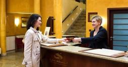 چگونه رفتار مهمانان هتل را بشناسیم؟