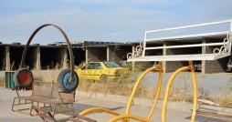 شهری کوچک در ایران که با ضایعات تزئین شده
