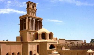ماجرای راهروهای پنهان زیرین خانه های تاریخی یزد چیست؟