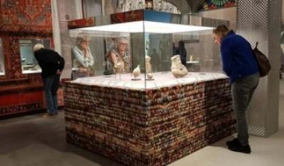 هلندی ها به موزه ملی ایران می آیند
