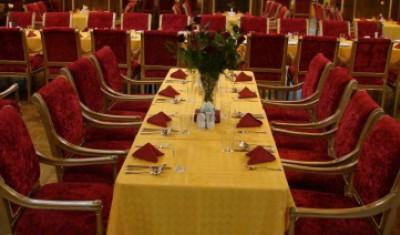 دریافت حق سرویس در رستوران ها و کافی شاپ ها غیرقانونی است