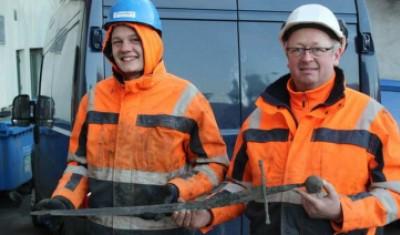 کشف شمشیر باستانی در خیابان دانمارک