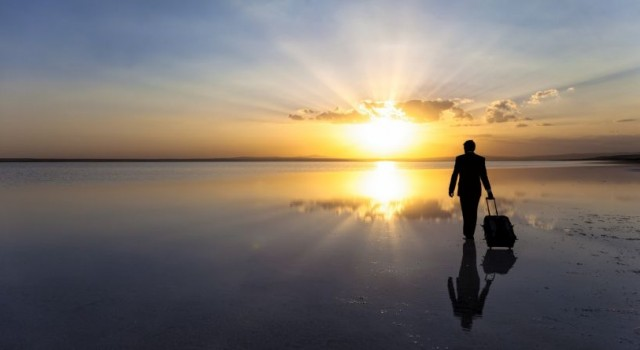 افرادی که تنها سفر می کنند چه ویژگی هایی دارند