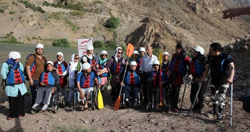 گردشگری واقعا ماجراجویانه افراد معلول در تور رفتینگ