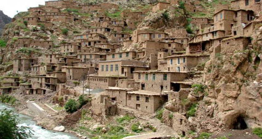 بررسی معماری روستای پلنگان کردستان در همایش بین المللی معماری شرق دور
