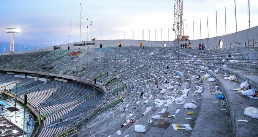 """""""ورزشگاه آزادی"""" بزرگ ترین زباله دان تاریخ فوتبال"""