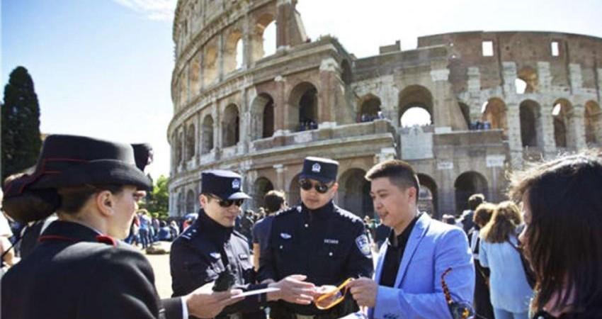 سه میلیون گردشگر چینی، پلیس چین را به ایتالیا آوردند