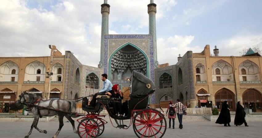 همکاری تهران- رم در زمینه گردشگری برای هر دو طرف سود دارد