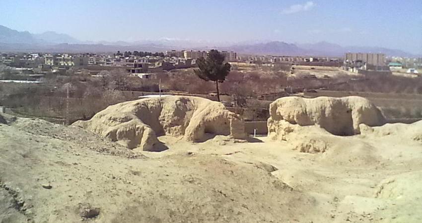 هرگونه ساخت و ساز در عرصه و حریم تپه های باستانی سیلک ممنوع شد