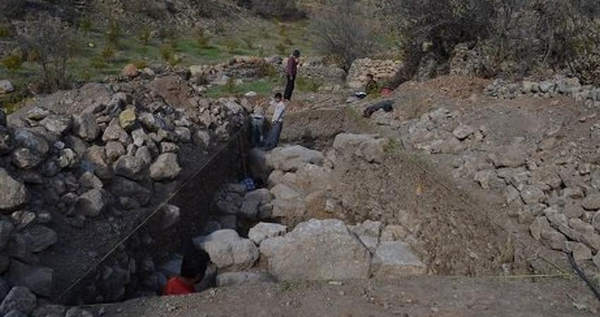"""کشف روستای 6000 ساله در """"اورامان"""" کردستان"""