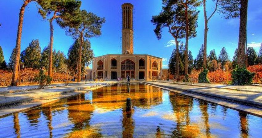 سلطانیفر از باغ دولت آباد یزد بازدید کرد