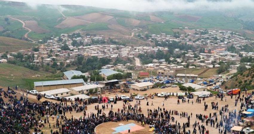 جشنواره سفر به دشت شقایق کالپوش برگزار شد