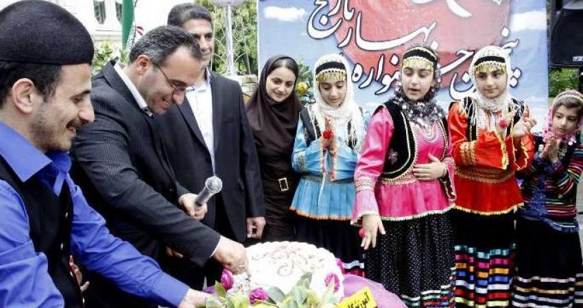 جشنواره ملی بهار نارنج در ساری گشایش یافت