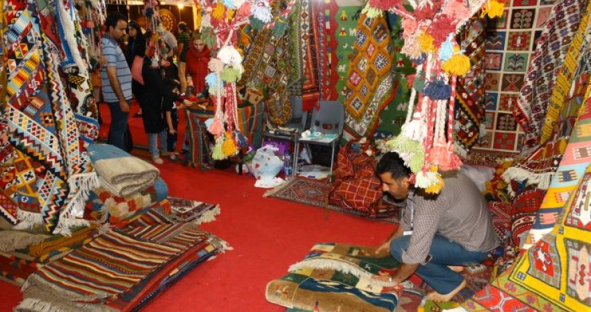 رشد بیش از 100 درصدی فروش در بیست و پنجمین نمایشگاه صنایع دستی