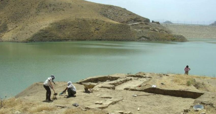 کشف آثار مربوط به قرون میانه دوره اسلامی در گنج تپه لرستان