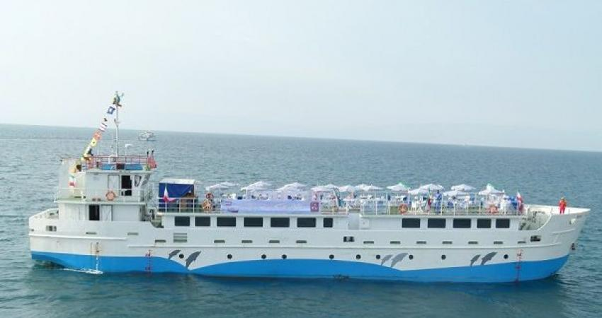 آغاز فعالیت کشتی جدید مسافربری در مسیر دریایی خارگ-گناوه