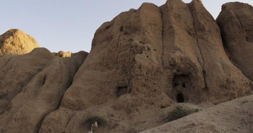 بنای خشتی ناشناخته تهران زیر خروارها خاک