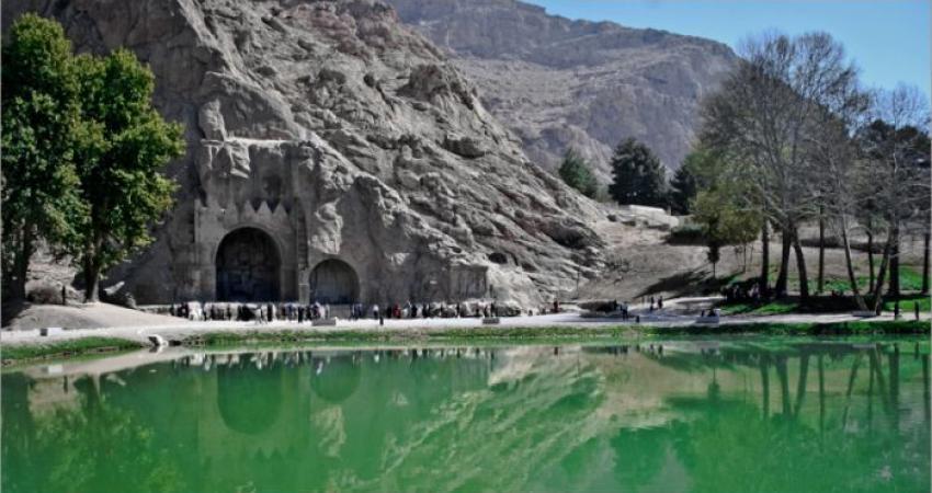 آب در چشمه های سراب طاق بستان جاری شد