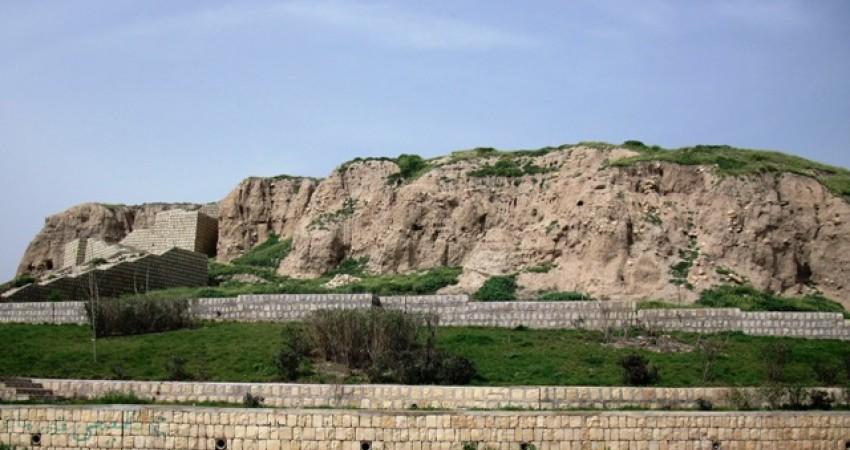 کشف جمجمه انسان با قدمت یک هزار و 200 سال در گیلانغرب