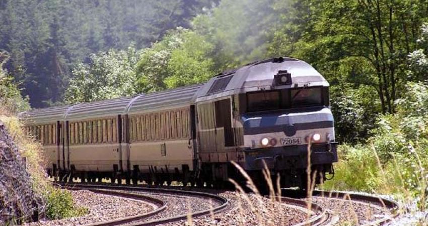ایجاد ظرفیت سیر 3 میلیون مسافر قطار در هر ماه