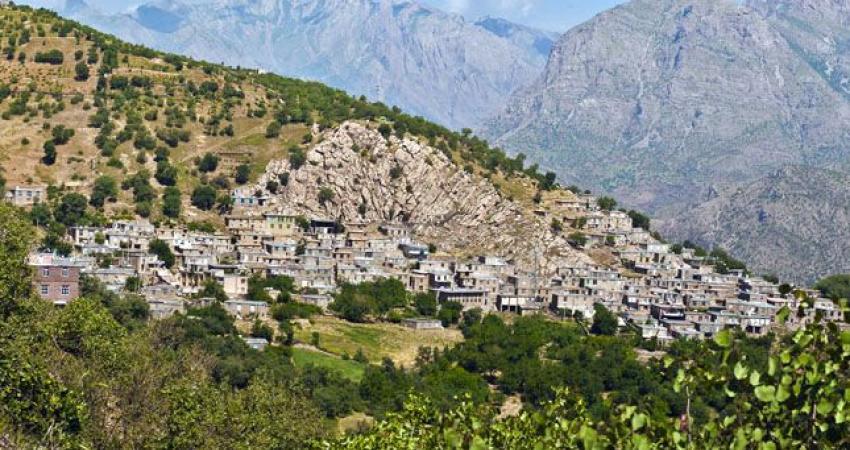 پرداخت تسهیلات کم بهره به حوزه گردشگری در کردستان
