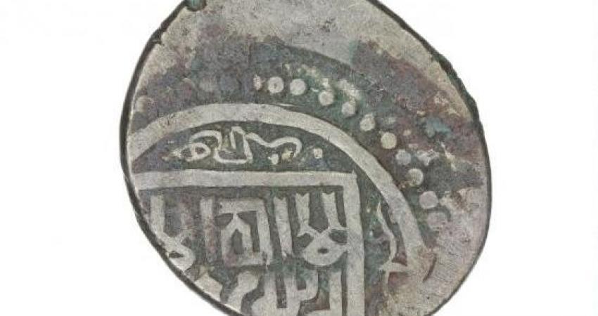 کشف و ضبط 108 عدد سکه نقره عهد تیموری در فارس