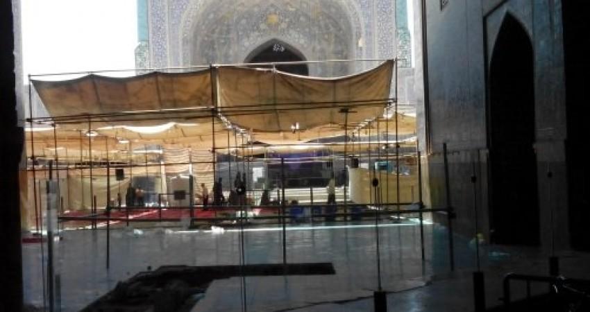 تن خسته مسجد امام اصفهان تاب داربست ندارد